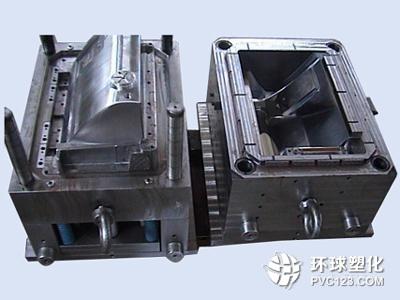 将制品取出注射装置在塑料注入模具之前将其熔融