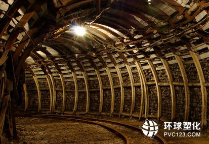 中国能源基地面临经济转型任务