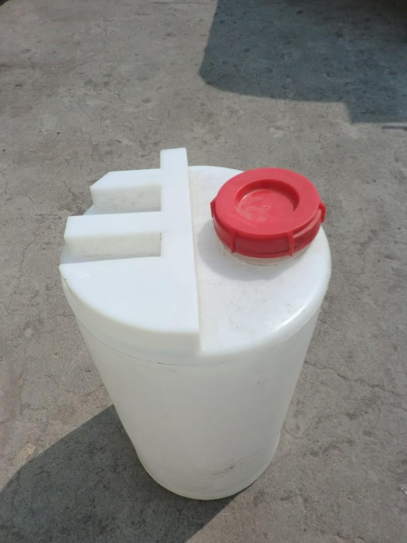 山西塑料加药箱 太原厂家直供 优惠热售中 塑料水箱