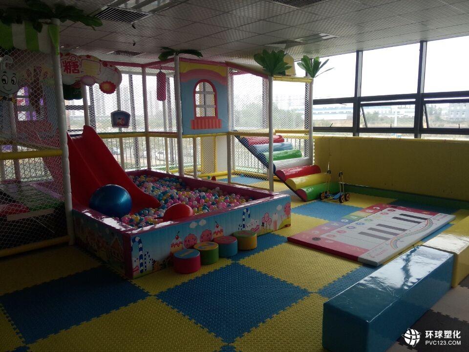 伟德客户端下载幼儿园儿童地胶垫_幼儿园儿童地板厂家