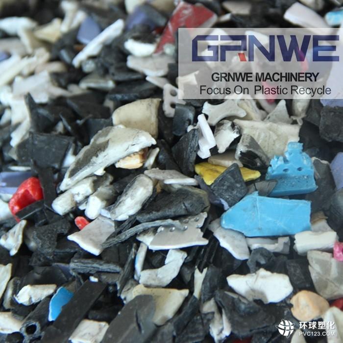 废旧手机塑料壳破碎清洗机    废旧手机塑料壳破碎清洗线