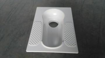 厂家直销配套农村厕改蹲便器 配套冲厕器使用