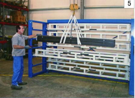管材货架存放各种管材