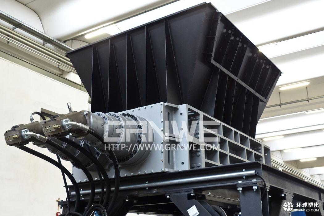 模板撕碎机产量高800-型双轴撕碎机环保型固体垃圾撕碎机