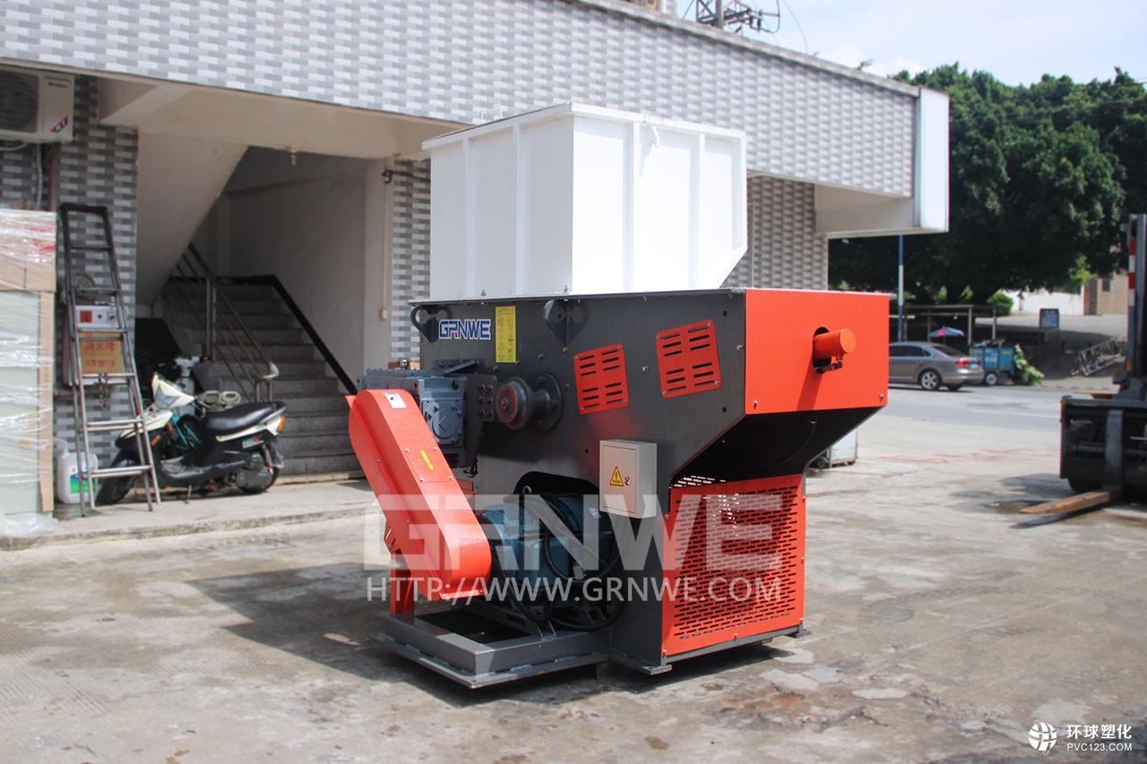 供应:全新大产能IBC桶撕碎机